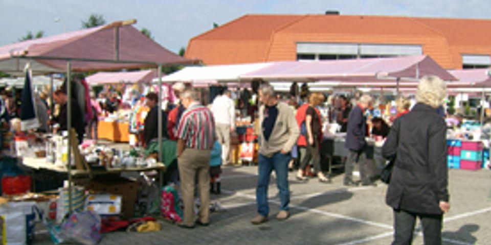 Afbeeldingsresultaat voor Markt in het bos, Resort Bad Boekelo.